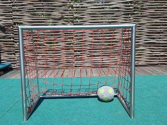 Fußballtornetz nach Maß (per m²) | Schutznetze24