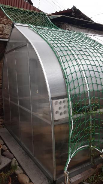Fangnetz für Treppenhäuser nach Maß | Schutznetze24