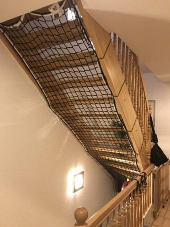 Auffangnetz für Treppenaugen nach Maß | Schutznetze24