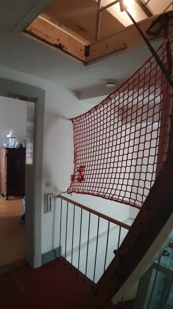 Personenauffangnetz per m² (nach Maß) mit Kauschenbügel | Schutznetze24