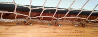Nirosta-Edelstahlbügel mit Bohrungen M6 | Schutznetze24